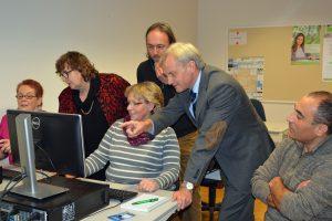 Aktion vor Ort:  MdL Astrid Birkhahn (CDU) besuchte am 17. November 2016 die Volkshochschule in Oelde-Ennigerloh