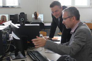 Aktion vor Ort: MdL Arne Moritz besucht das Gymnasium Schwertstraße