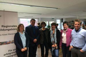 Aktion vor Ort: MdL Annette Watermann-Krass (SPD) informierte sich über Medienscout-Ausbildung im Kreis Warendorf