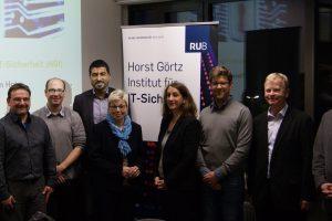 Aktion vor Ort: MdL Carina Gödecke (SPD) und MdL Serdar Yüksel (SPD) besuchten am 16. November 2016 das Horst Görtz Institut (HGI)