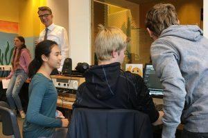 Aktion vor Ort: Radioworkshop des Theodor-Heuss-Gymnasiums mit MdL Sven Wolf (SPD)