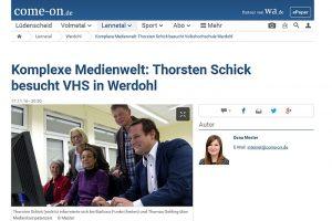 Aktion vor Ort:  MdL Thorsten Schick (CDU) informierte sich am 16. November 2016 an der Volkshochschule Lennetal in Werdohl über Internetkompetenz