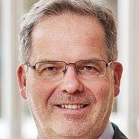 Dr. Harald Gapski